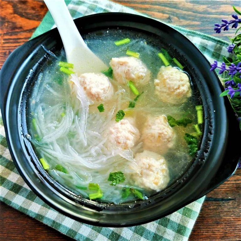 Chicken Meatball and White Radish Soup