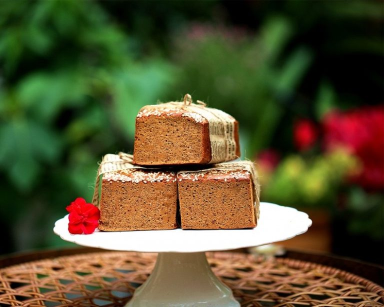 Chinese Red Date and Brown Sugar Cake Recipe