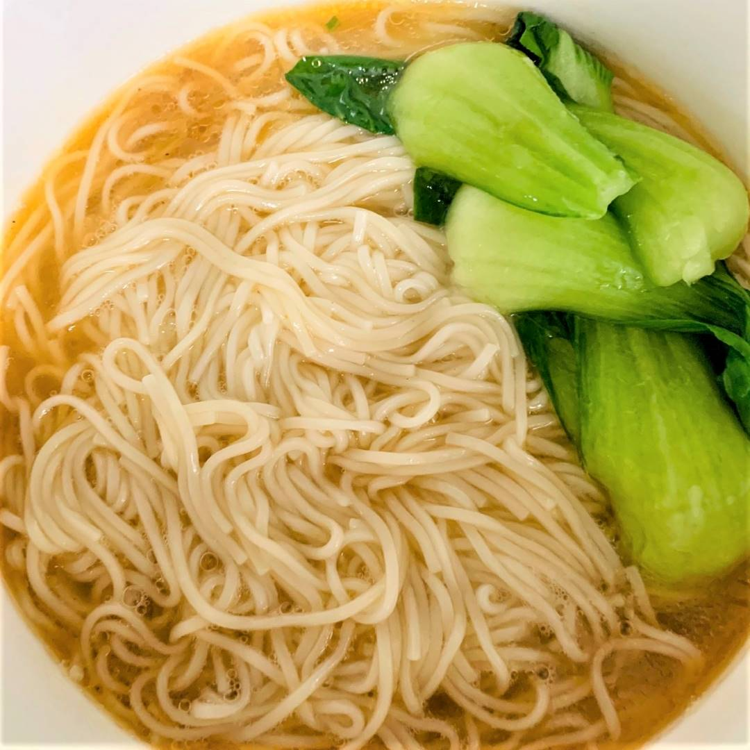 Healthy Chinese clear noodle soup recipe 04