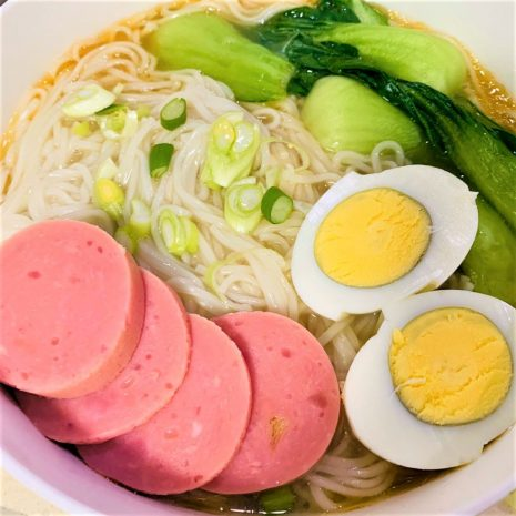 Healthy Chinese clear noodle soup recipe 06