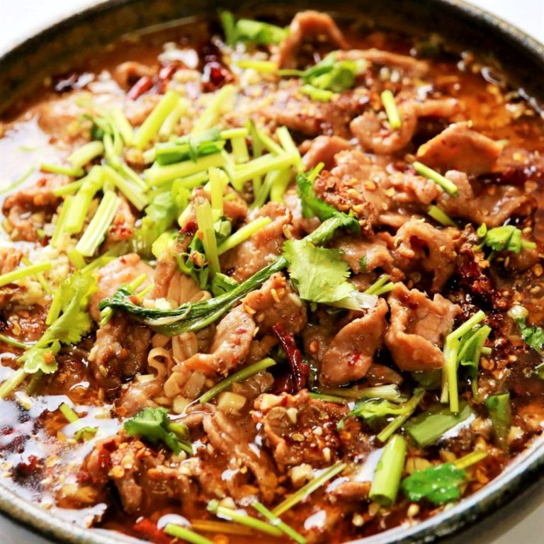 Poached Sliced Beef and Vegetables In Hot Chili Oil
