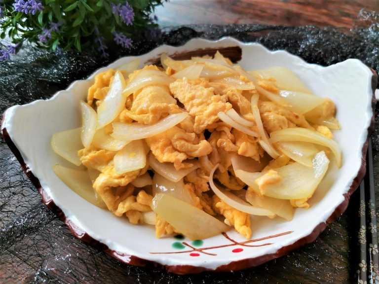Scrambled Eggs With Onion Recipe | China Food Style