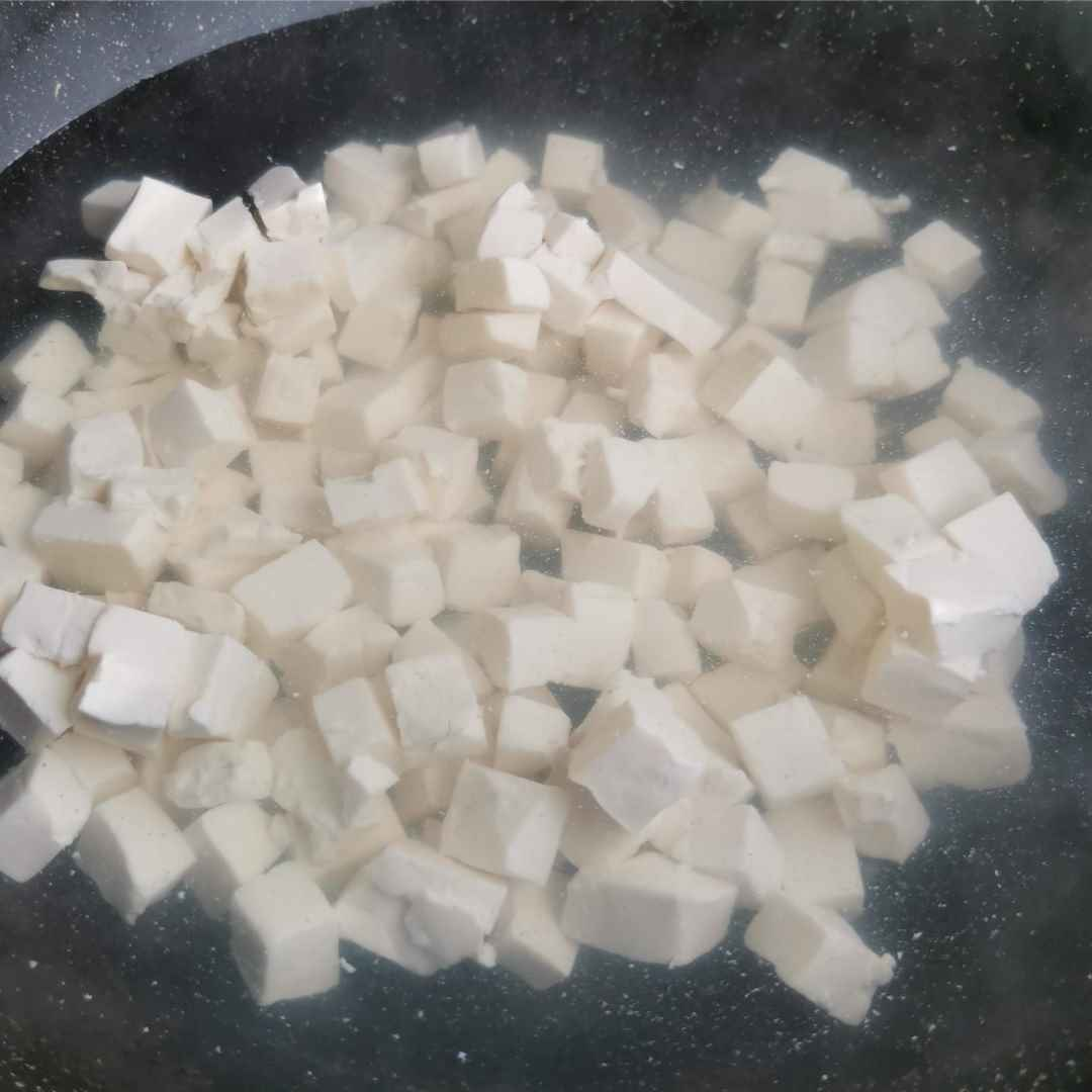 Shepherd's Purse Tofu Soup