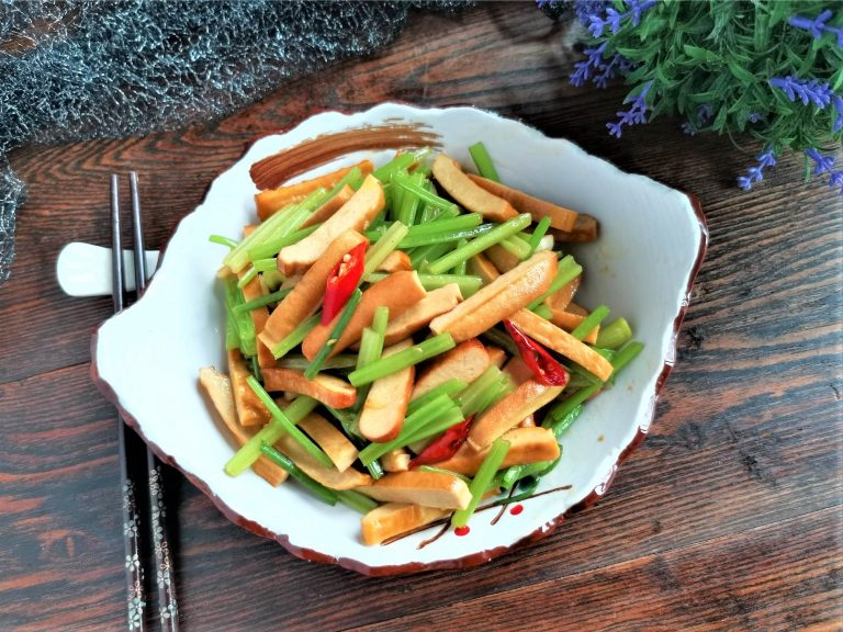 Sir Fry Chinese Celery with Smoked Bean Curd Recipe