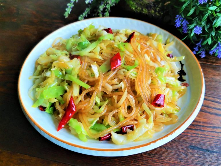 Stir-Fried Sweet Potato Vermicelli and Cabbage
