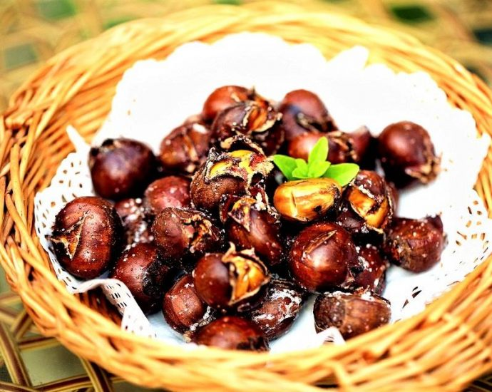 Sweet roasted chestnuts recipe sugar chestnuts 2021