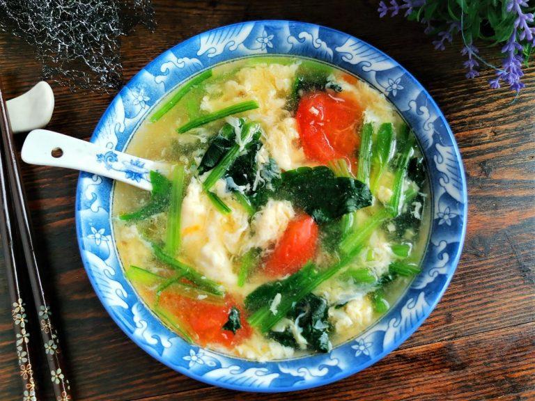 Tomato, Spinach Egg Drop Soup Recipe