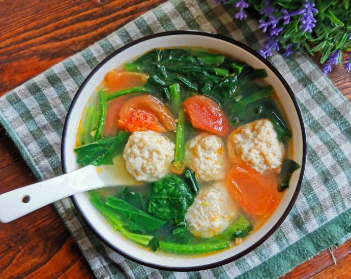 chicken meatball with spinach and tomato soup recipe 2020