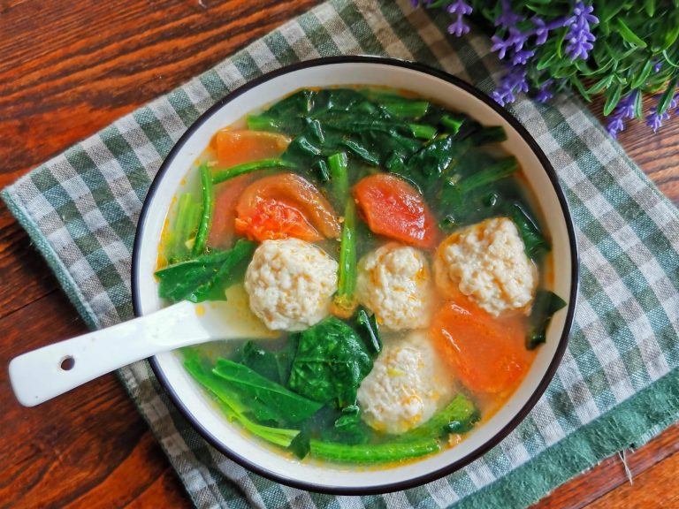 Chicken Meatball With Spinach And Tomato Soup Recipe