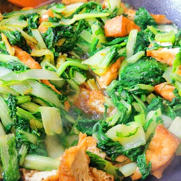 Deep Fried Tofu With Green Vegetables 10