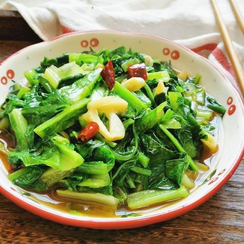 Garlic celtuce leaves simple fried vegetarian dishes