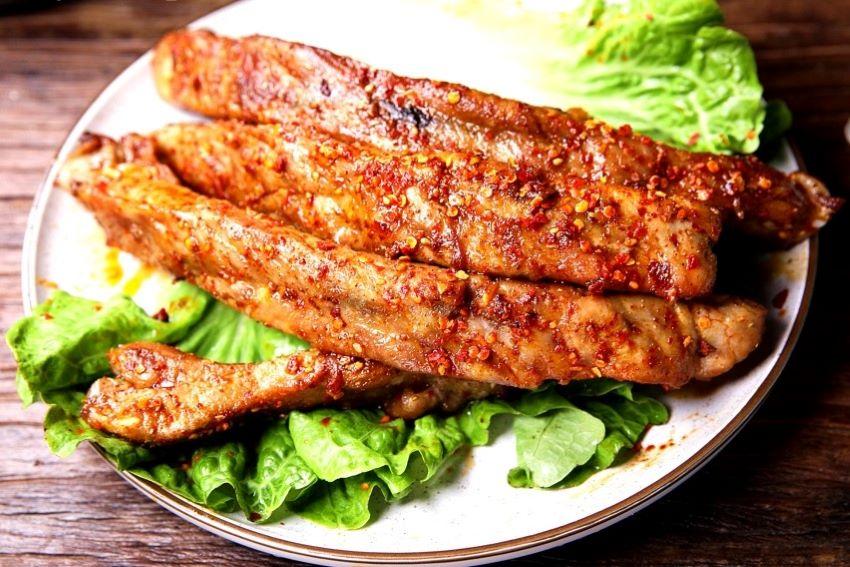 Grilled pork ribs recipe pork chops street night snack 2020