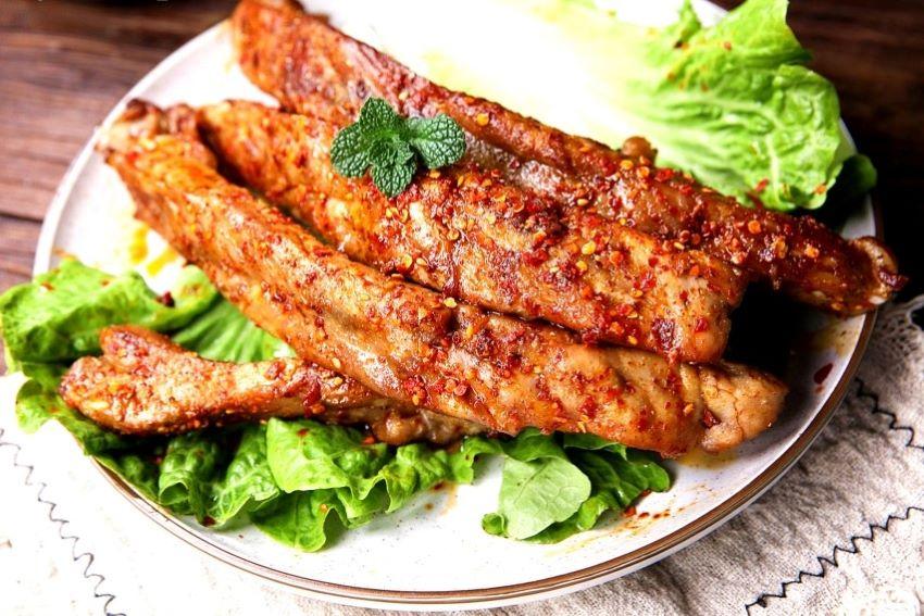 Grilled pork ribs recipe pork chops street night snack 2021