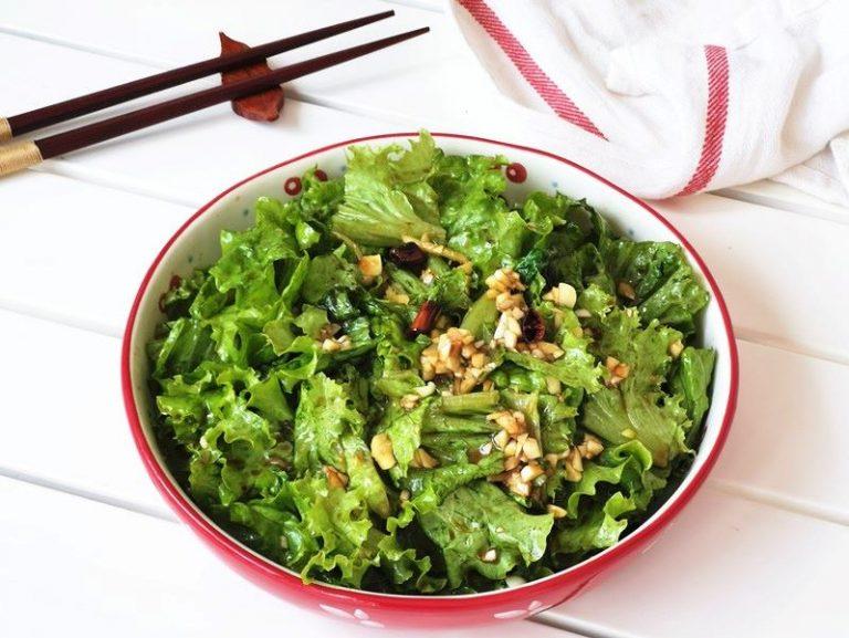 Oily Lettuce Salad