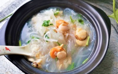 Scallop with Radish Vermicelli Soup