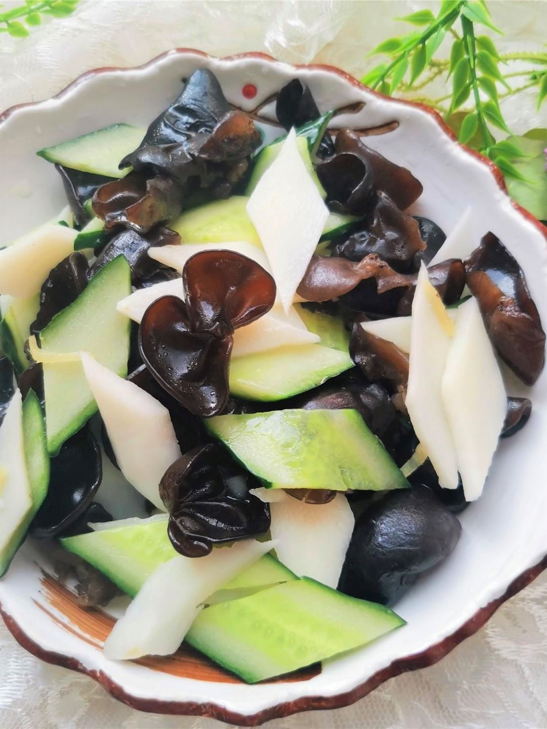 Cucumbers and black fungus Stir-Fry with Chinese yam