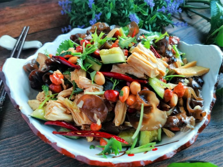 Mixed Cucumber with Black Fungus and Bean Curd
