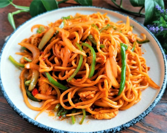 Stir-Fried Noodles with Chili garlic sauce Chinese Noodles recipes