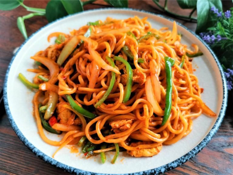 Stir-Fried Noodles with Chili Garlic Sauce | Chinese Noodles Recipes