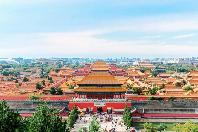 Top 12 famous Tourist attractions in China. Best places to visit in China 2021.